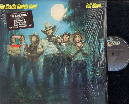 Daniels, Charlie Band - Full Moon: The Legend Of Wooley Swamp, Money, In America, Carolina (I Remember You), No Potion For The Pain (vinyl STEREO LP record) - NM9/NM9 - LP Records