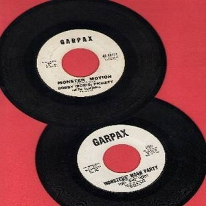 Pickett, Bobby (Boris) - 2 for 1 special: Monster Mash/Monsters' Holiday (2 vintage RARE Garpax label first issue 45rpm records for the price of 1!) - EX8/ - 45 rpm Records