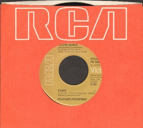 Bowie, David - Fame/Right (with RCA company sleeve) - EX8/ - 45 rpm Records