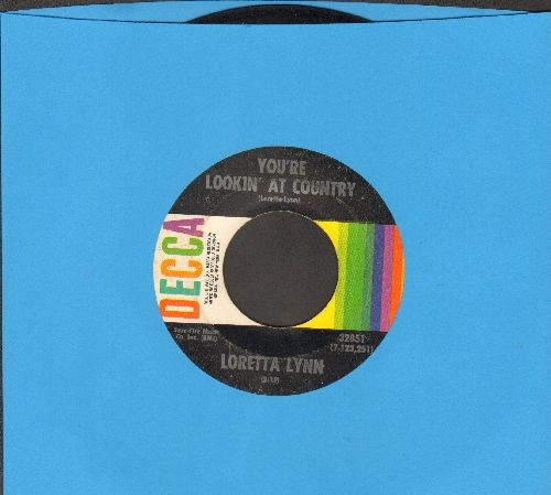 Lynn, Loretta - You're Lookin' At Country/When You're Poor  - VG7/ - 45 rpm Records