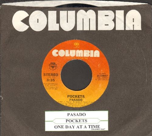 Pockets - Pasado/One Day At A Time (with Columbia company sleeve and juke box label) - NM9/ - 45 rpm Records