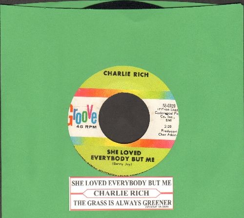 Rich, Charlie - She Loved Everybody But Me/The Grass Is Always Greener (with juke box label) - NM9/ - 45 rpm Records