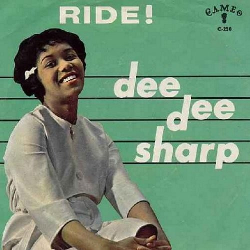 Sharp, Dee Dee - Ride!/The Night (with picture sleeve) - NM9/EX8 - 45 rpm Records