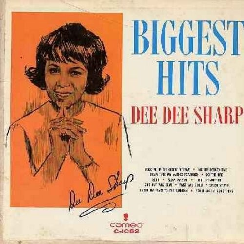 Sharp, Dee Dee - Biggest Hits: Mashed Potato Time, Gravy (For My Mashed Potatoes), Do The Bird, Ride!, Slow Twistin', The Loco-Motion, I Sold My Heart To The Junkman, You'll Lose A Good Thing, Splish Splash, Our Day Will Come (Vinyl MONO LP record) - EX8/