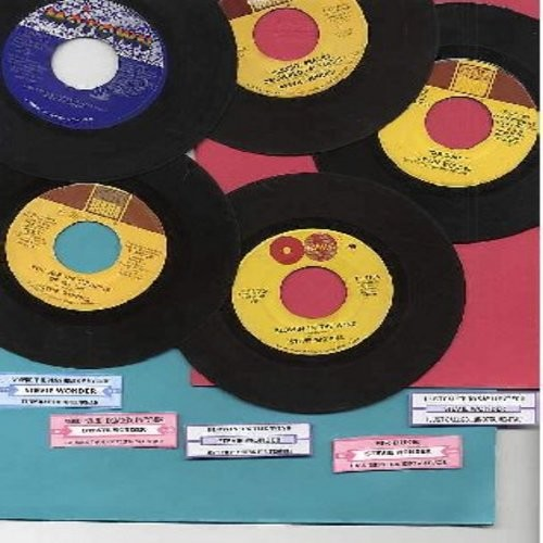 Wonder, Stevie - Stevie Wonder Original 45rpm 5-pack, shipped in plain white sleeves with juke box labels. Vintage records include Top 10 Hit Blowin' In The Wind as well as the #1 Hits You're The Sunshine Of My Life, Sir Duke, Signed Sealed Delivered I'm
